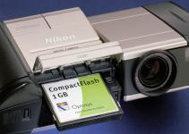 news image 1-GB CompactFlash